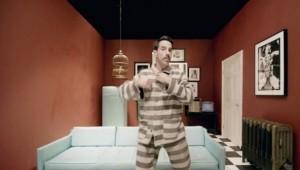 """Red Hot Chili Peppers презентовали новый видеоклип """"Look Around"""""""